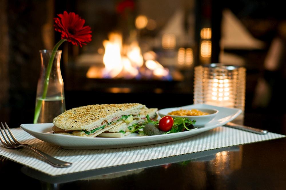Ontbijt & Lunch bij restaurant De Luca, Passage Den Haag