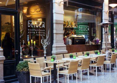 Terras Restaurant De Luca Den Haag